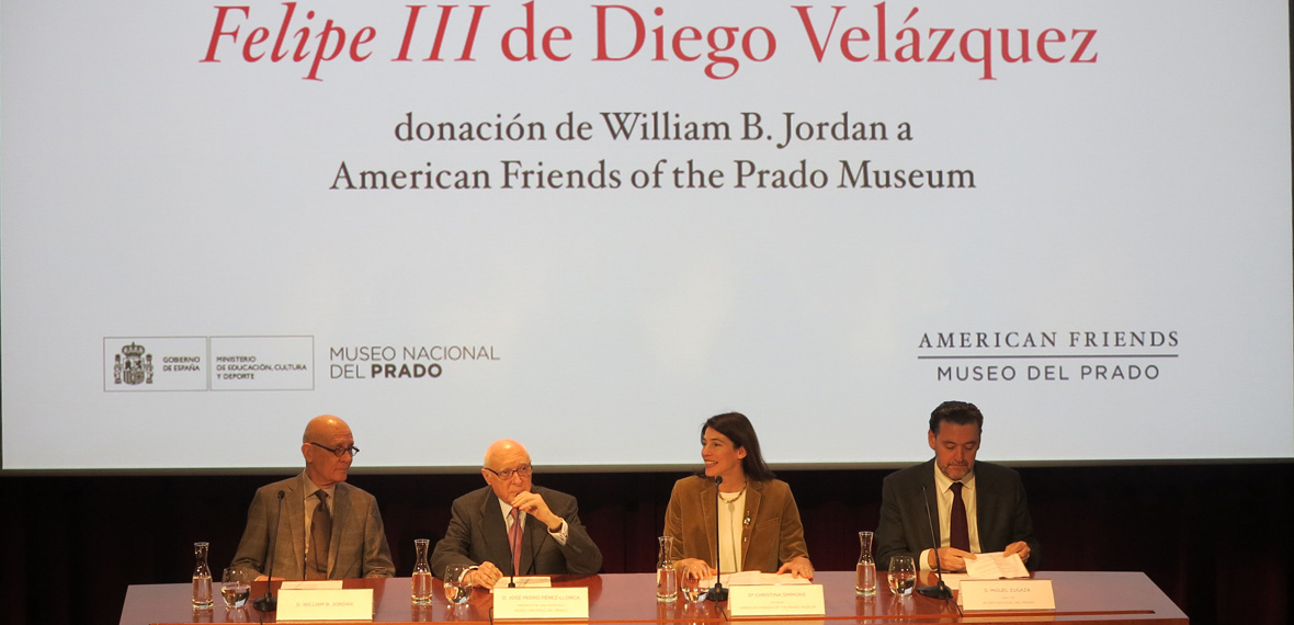 Presentation to press at Museum